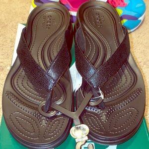Crocs women's Capri Sandals
